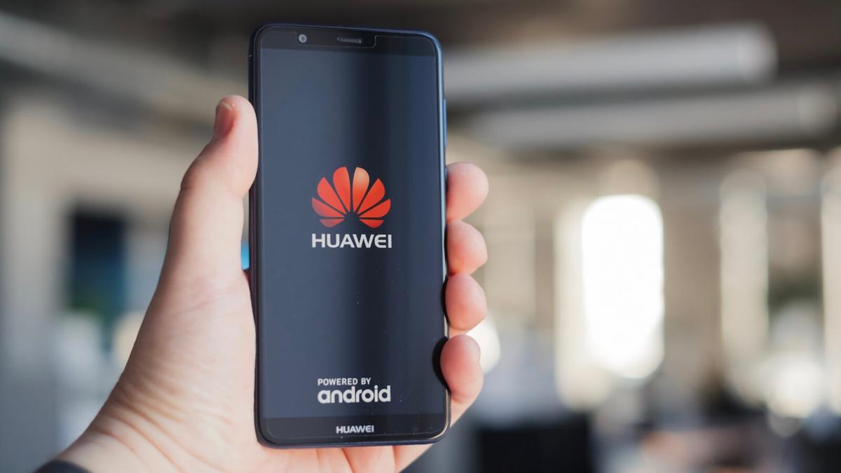 Smartphone Huawei senza Google Mobile Services, funzionano ancora?
